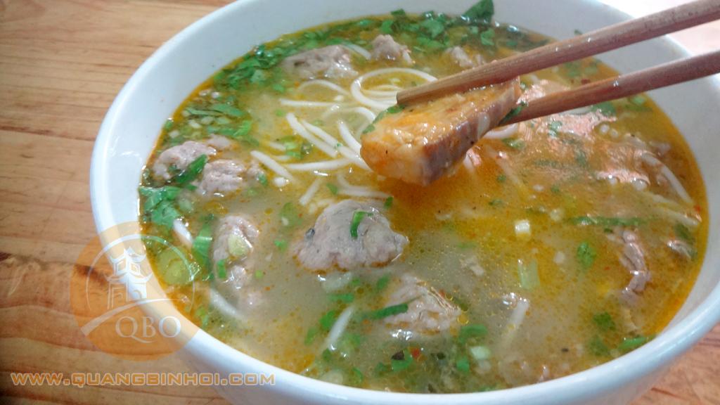 Cháo bánh canh đặc biệt tại Quảng Bình Ơi